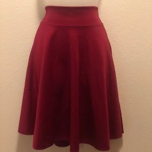 Dresses & Skirts - RED Skirt high wasted